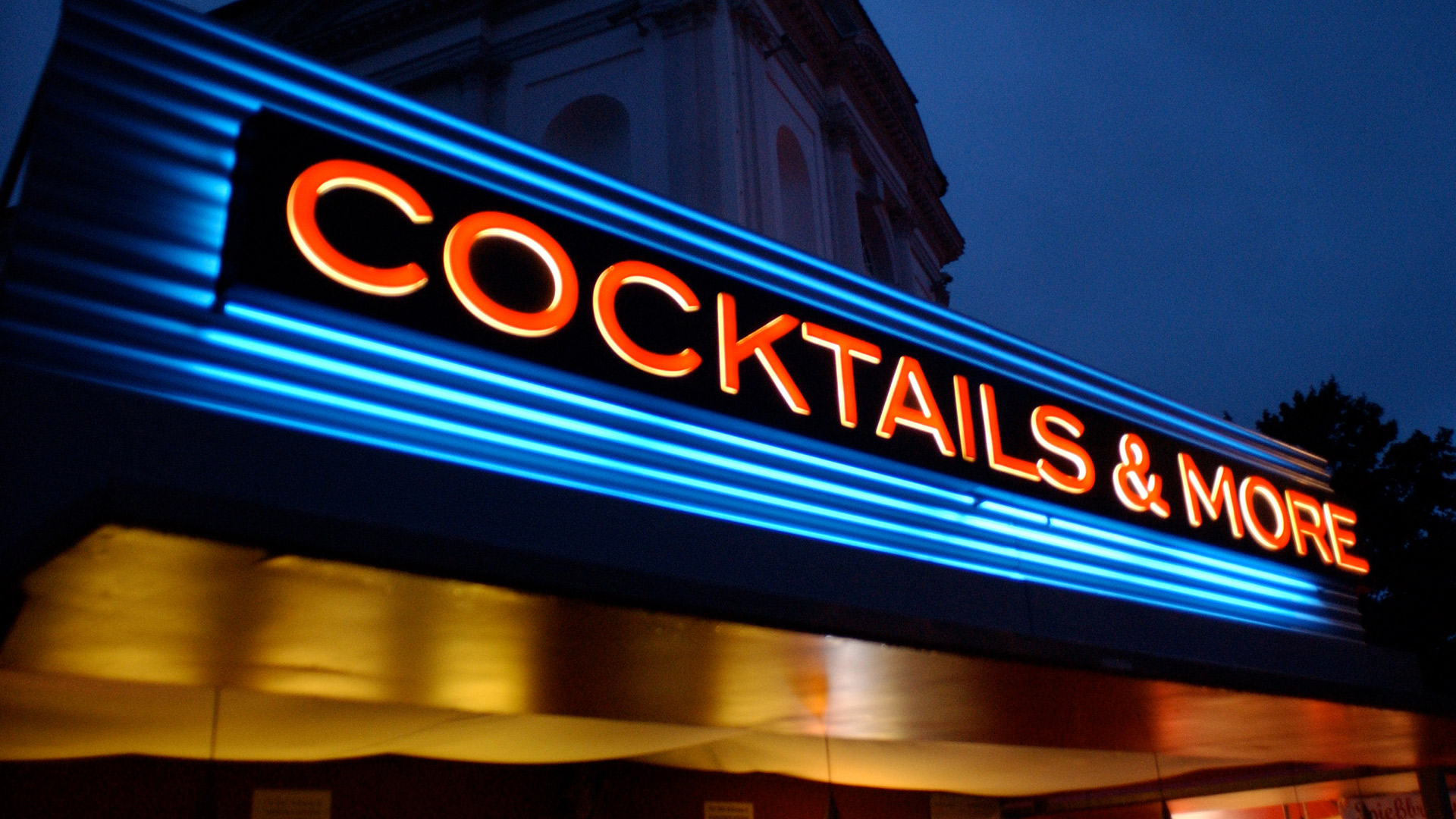 Bar-Deutschland-Leuchtwerbung-Matti-Michalke-Berlin-Brandenburg-Aussenwerbung-Innenwerbung-Banner-Planen-Folien-Werbemittel-Druck-Print