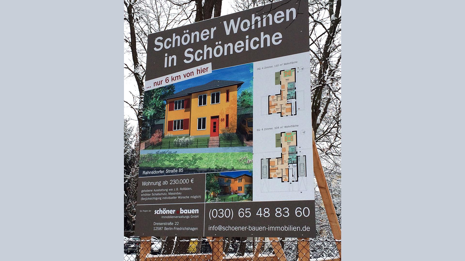 Bautafel-Schooeneiche-Dibond-Matti-Michalke-Berlin-Brandenburg-Aussenwerbung-Innenwerbung-Banner-Planen-Folien-Werbemittel-Druck-Print