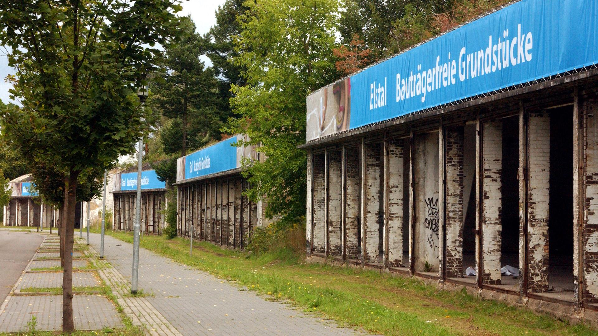 Grundstücke-Brandeburg-Netzgitter-Matti-Michalke-Berlin-Brandenburg-Aussenwerbung-Innenwerbung-Banner-Planen-Folien-Werbemittel-Druck-Print