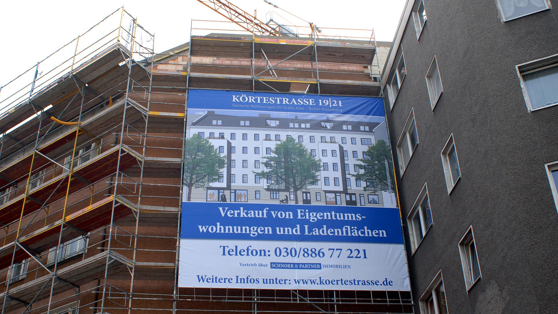 Wohnen-Berlin-Geruuestbanner-Matti-Michalke-Berlin-Brandenburg-Aussenwerbung-Innenwerbung-Banner-Planen-Folien-Werbemittel-Druck-Print